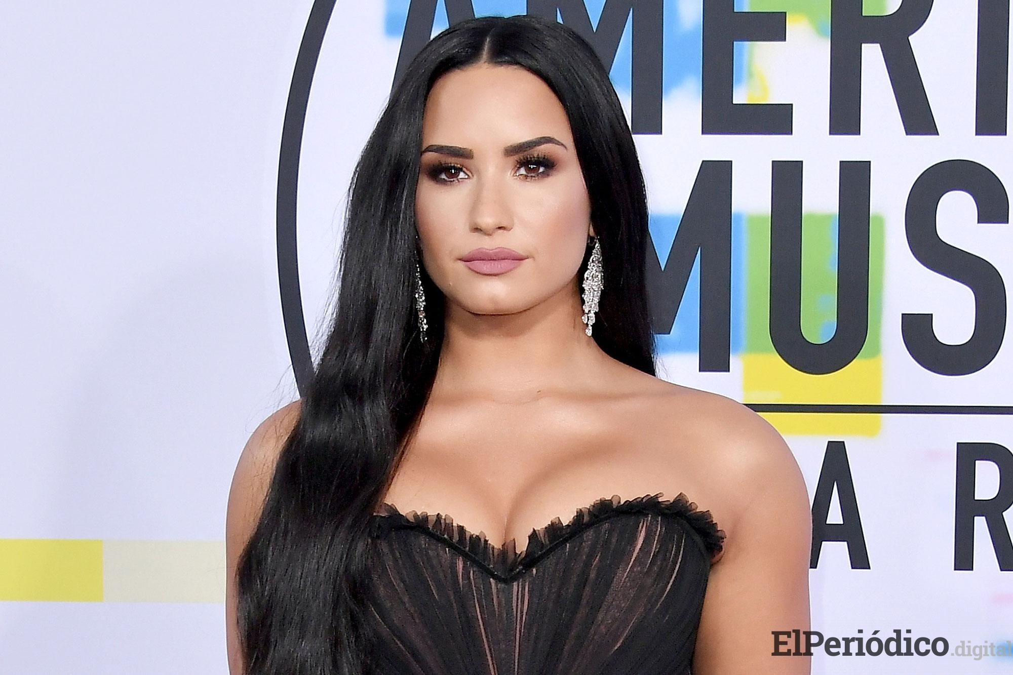 Demi Lovato se dirige a sus fans con un emotivo mensaje