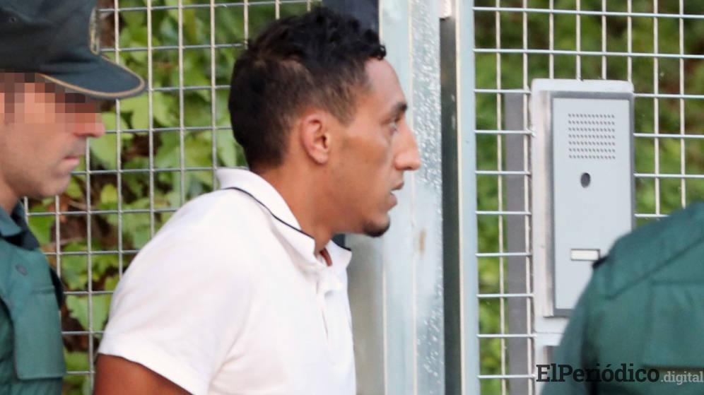 El presunto yihadista Driss Oukabirde Ripoll detenido que además figura como pieza clave de la organización. Un vecino del chalé y un camarero fueron los responsables del reconocimiento este lunes 06 de agosto en la Audiencia Nacional.