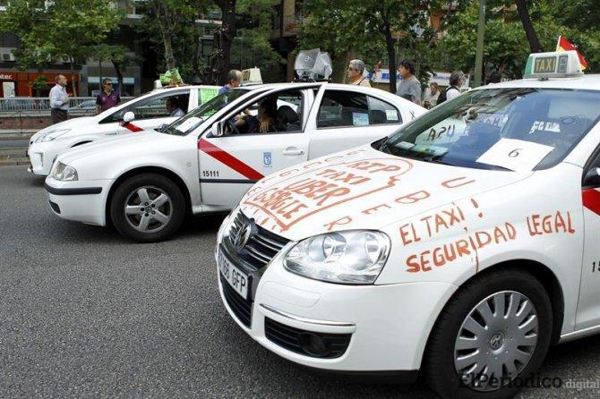 Huelga de taxis en Madrid en contra Uber y Cabify