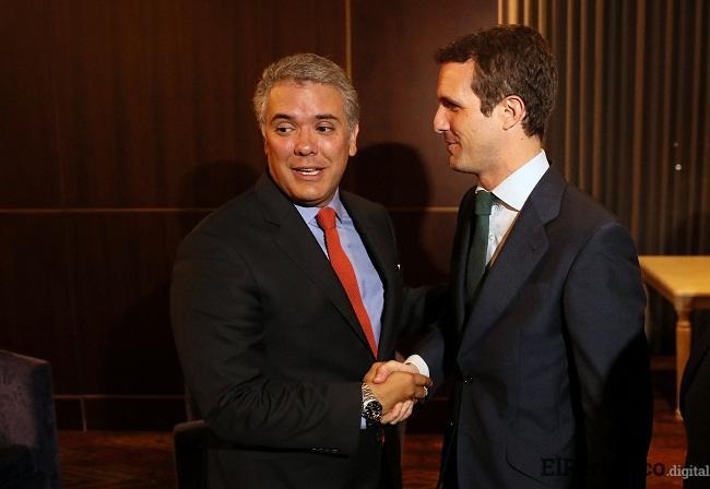 El día lunes 6 de agosto un día antes de la toma posesión del nuevo presidente de Colombia, el presidente del PP Pablo Casado se ha reunido con Iván Duque.