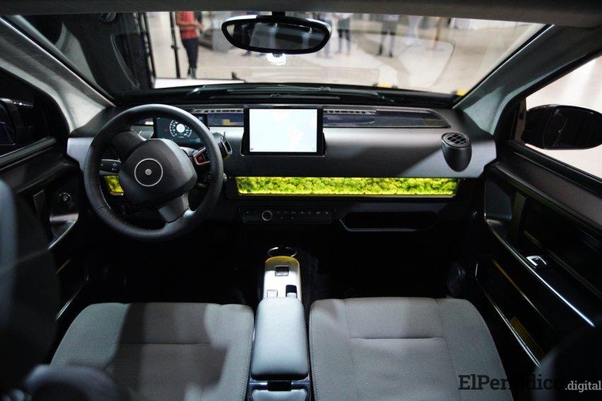 Sono Motors desarrolla un coche que se carga con energía solar 1