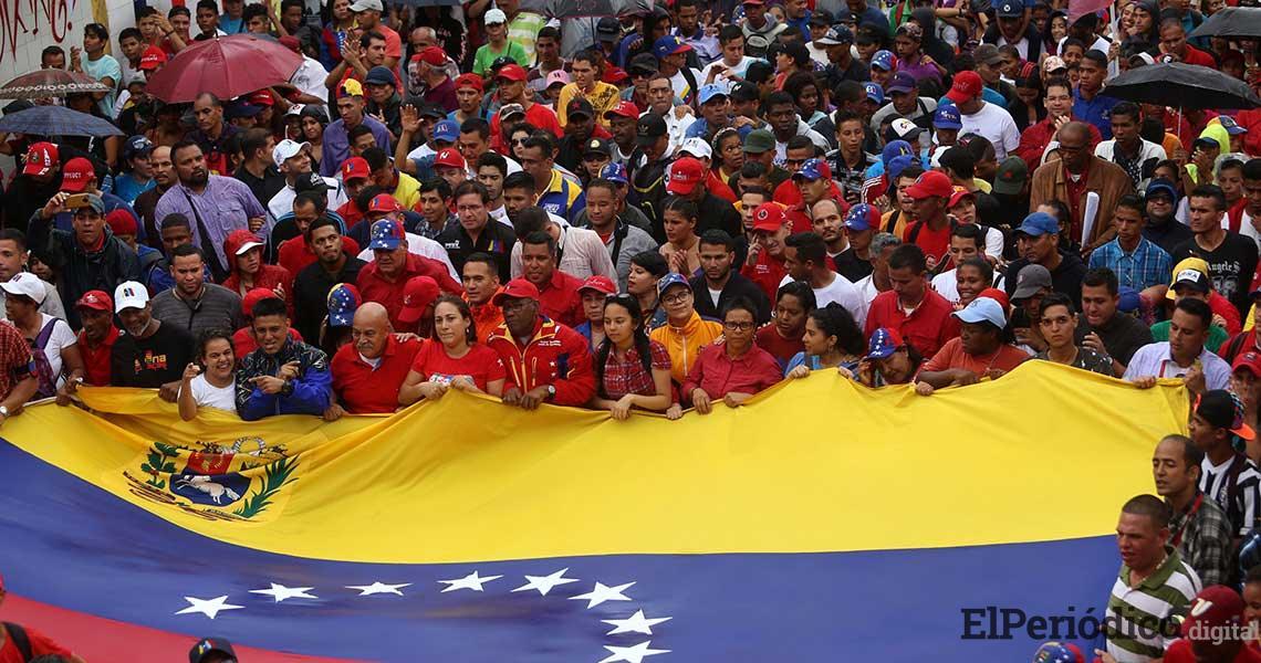 Venezolanos marchan en honor a Salvador Allende y en contra del imperialismo