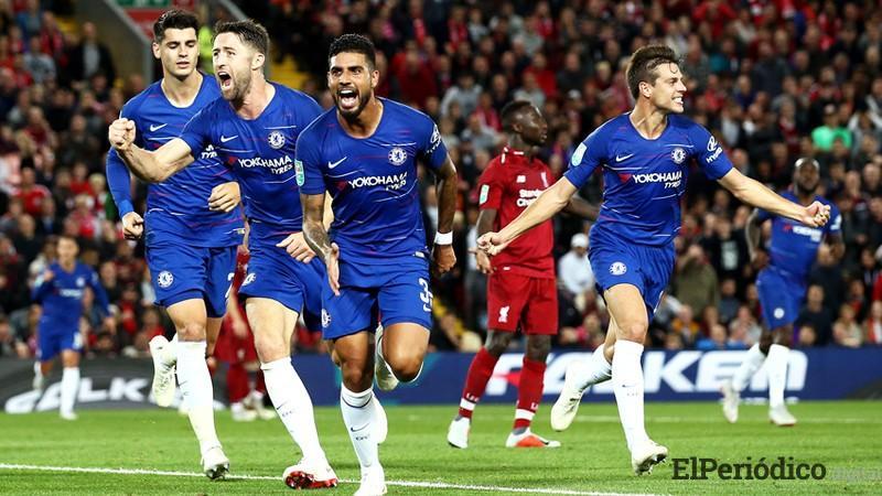 El Chelsea FC derrotó al Liverpool FC por marcador de 1 a 2. En dicho encuentro, se disputó la tercera ronda de la Copa de la Liga de Inglaterra.
