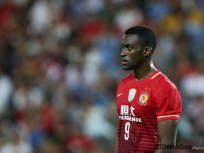 El delantero Jackson Martínez emigró al fútbol portugués para unirse a las filas del Portimonense SC. El colombiano desea recuperarse pronto de su lesión.