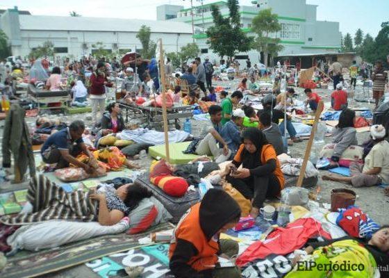 tsunami-indonesia-heridos-fallecidos