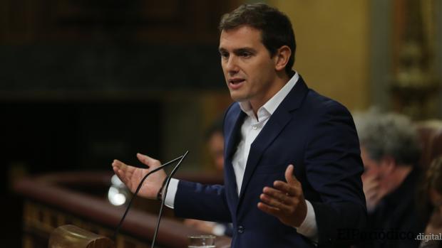Rivera acusa al Gobierno de España de intentar cambiar el Criterio de los jueces del proceso