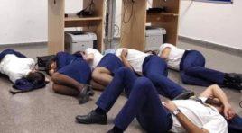La tripulación de un avión de Ryanair obligados a dormir en el suelo