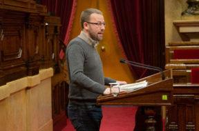 Parlament-catalan-antidemocratica-antisocial-ConstitucionEDIIMA2018121808964.jpg