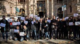 Unos 60 Periodistas se concentran ante el Tribunal de Justicia de Cataluña por la libertad de prensa