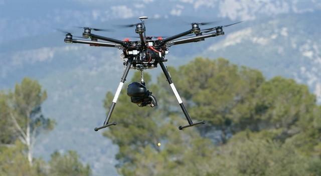 Cancelan vuelos en el Aeropuerto de Londres-Gatwick ante la presencia de varios drones