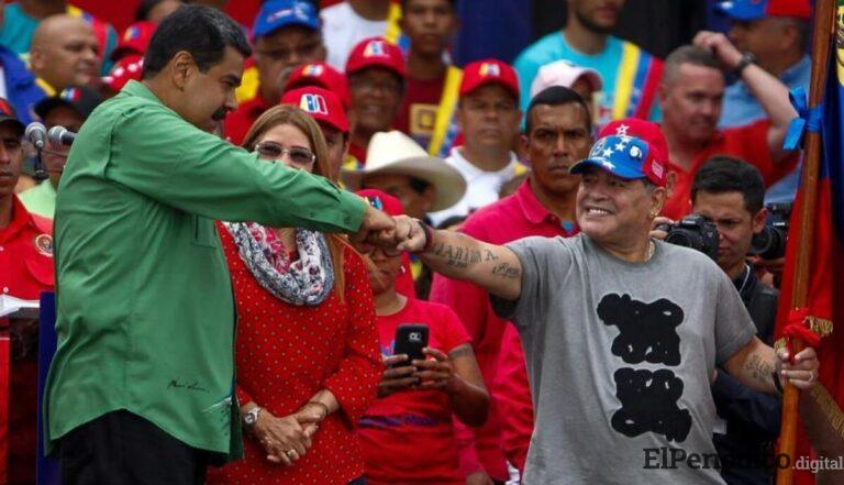 Por dedicar una victoria a Nicolás Maduro, podría ser castigado Maradona
