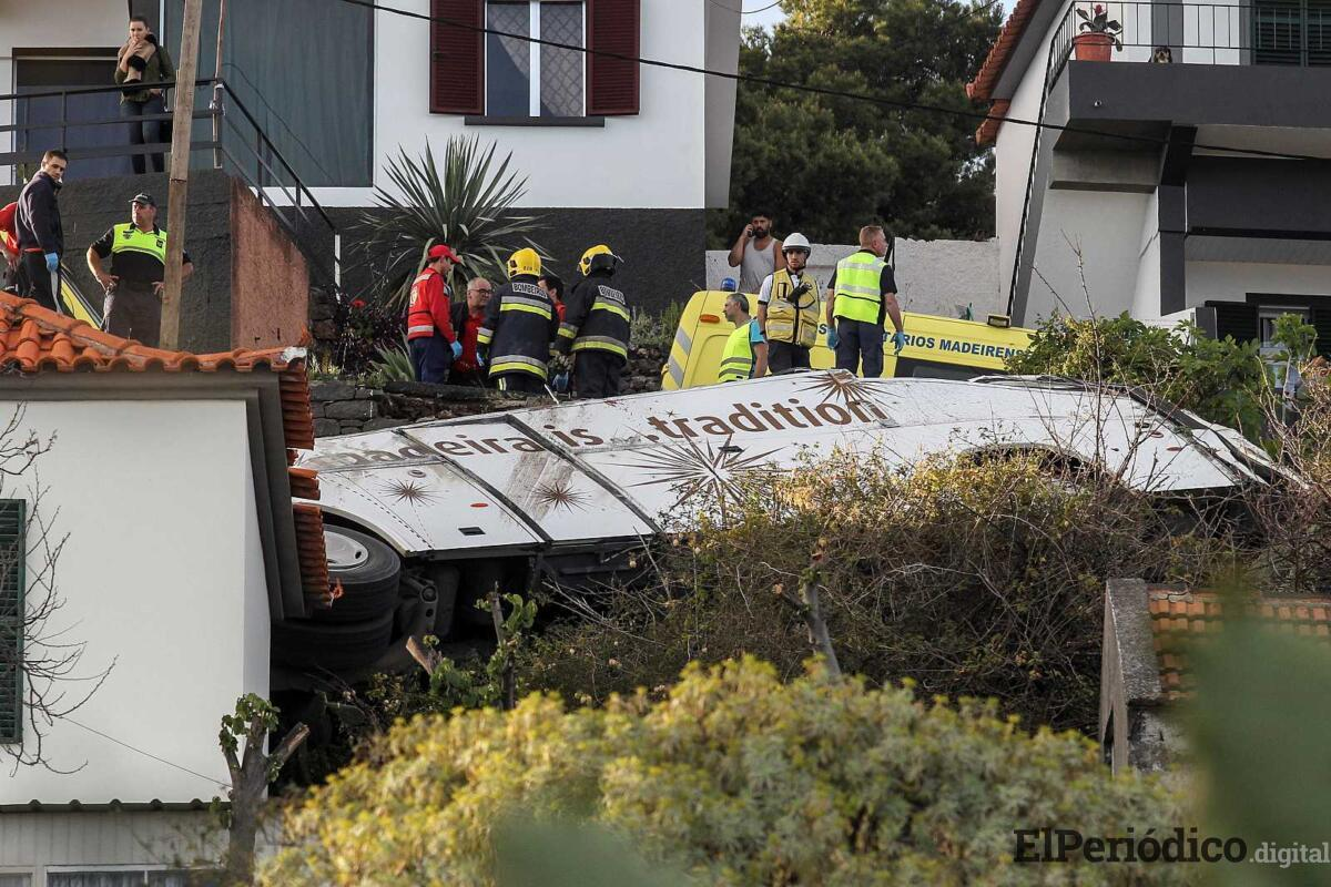 Un accidente de autobús turístico en Madeira, deja 29 muertos