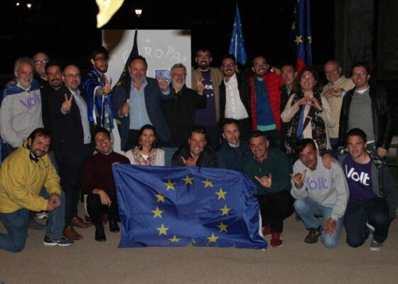 El grupo político Volt Europa comienza su campaña electoral en España para formar el grupo parlamentario europeísta 1