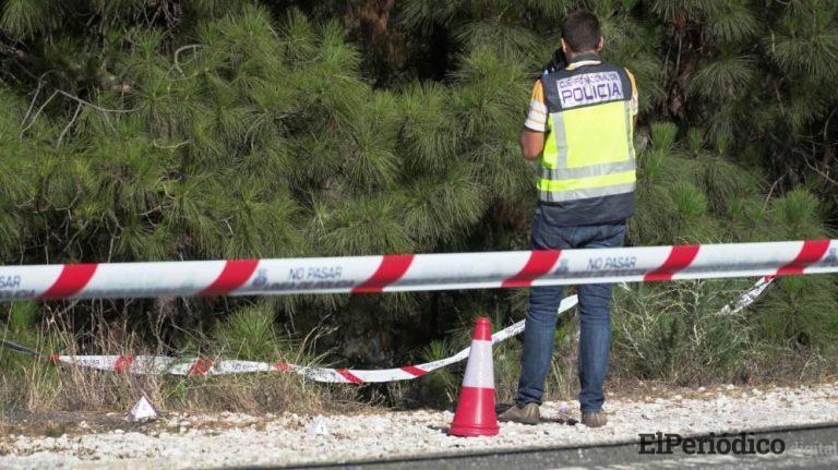 Con al menos cuatro tiros, hallan un cadáver en la carretera que esta entre Marbella e Istán