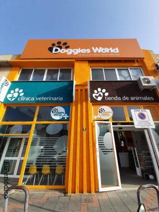 Doggies World abre sus puertas en Las Lagunas, Mijas 1