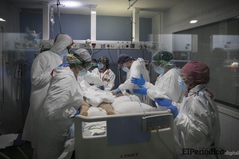 El lento descenso en las UCI preocupa a los hospitales