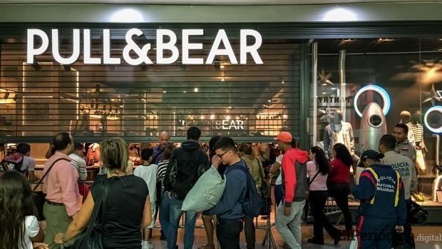 El empresario que se encuentra vinculado a Plus Ultra ha cerrado las tiendas de Inditex en Venezuela