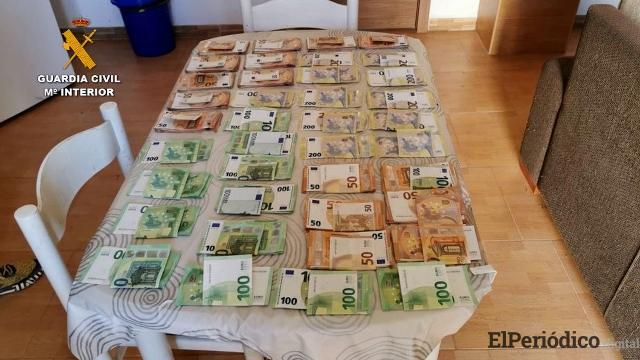 dinero confiscado en la operación ZUREK